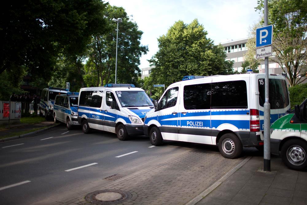 Manche Sachen werden zur Normalität. Fotoreportage Essen Innenstadt 08.06.16
